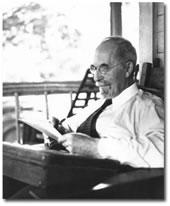 Müəllif, Harold W. Percival haqqında